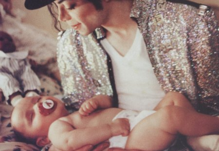 Prince and King Together♥ - king, michael jackson, dad, image, music, beautiful, unique, prince, tugether, love, forever, tender, son, entrtainment