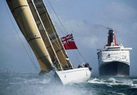 QE2 and the America's Cup - sailing, travel, sea, cruise, boats, QE2