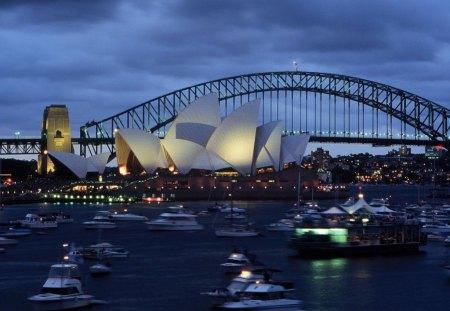 Beautiful,Sydney,Harbour,Bridge,And,Opera,House