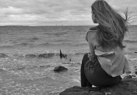 Waiting for warmer days ... - wind, black, sea, photography, wp, girl, wait, bw, white, landscape