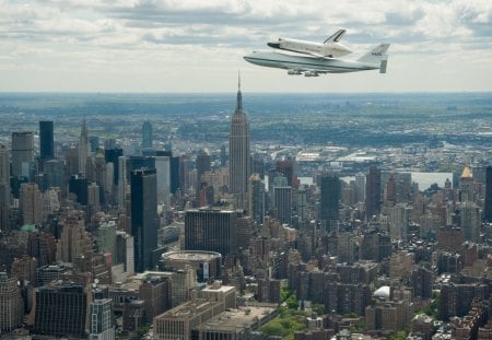 the enterprise over empire state building - city, plane, shuttle, skyscrapers