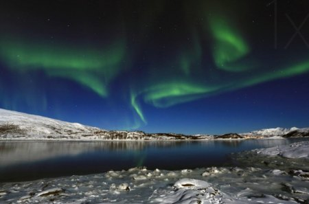 Surprise in the sky - lakes, mountains, landscapes, ice, aurora borealis, snowy