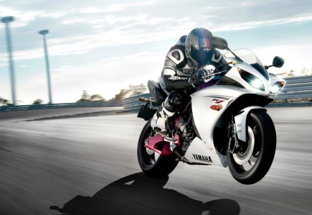yamaha-yzf-r1 - yzf-r1, photography, sport-bike, yamaha, motorcycle