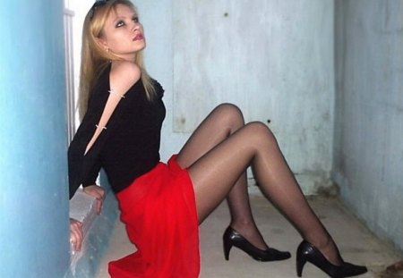 Stunning Young Blonde With Long Legs - red, beautiful, sultry, high heels, young, hot, long hair, legs, model, skirt, black, blonde, wall, sexy, lips, girl, eyes