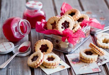 Jam Filled Cookies - red, delicious, strawberry, abstract, sweet, dessert, bakery, cookies, raspberry