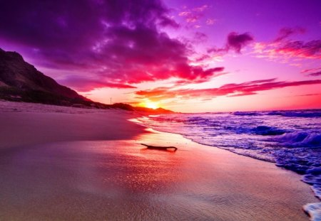 North shore sunset - pretty, colorful, shore, beautiful, sunset, clouds, sea, beach, sundown, nice, pink, north, amazing, lovely, ocean, colors, shoreline, waves, sky, water, purple, summer, nature, sands