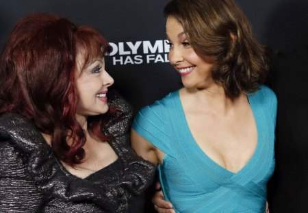ashley judd and mom - the judds, naomi, ashley, judd