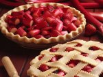 Making of a Strawberry Rhubarb Pie