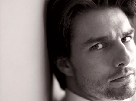 Tom Cruise - look, handsome, man, actor, tom cruise
