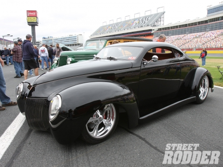 1940 Ford Coupe - Chrome Wheels, Ford, Classic, Black