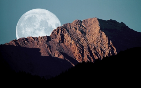 Moon Mountain Landscape - mountain landscape, moon mountain, moon landscape, Moon Mountain Landscape
