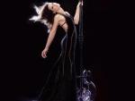Kate Beckinsale On A Pole