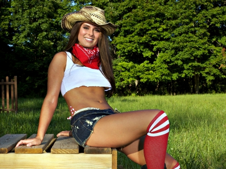 Cowgirl in Shorts - Cowgirls Wallpapers
