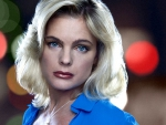 Erika Eleniak close-up