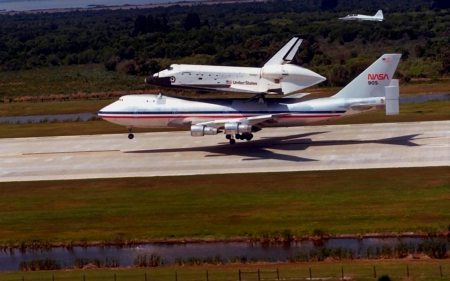 Piggyback Shuttle 2 - photography, shuttle, wide screen, NASA, photo, aircraft, space