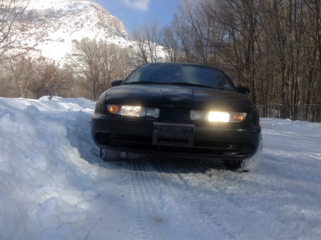 1999 Saturn SL2 - mountain, sl2, snow, car, auto, saturn