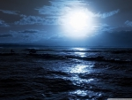 moon_over_the_sea