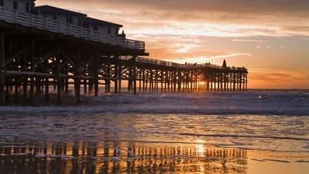 Wonderful San Diego Beach Pier At Sunset Bridges