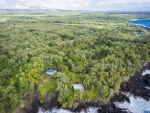 Hideaway House in Lush Green Rain forest in South East Hawaii - Big Island