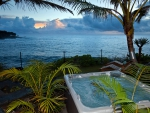 View over Beach on Big Island - Jacuzzi Hot Tub