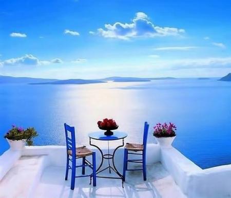 Sunny Day On Santorini