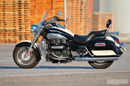 2013 Triumph Rocket 3 - Chrome, Bike, Triumph, 2 Tone