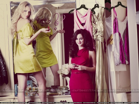 Blake Lively / Leighton Meester - gossip girl, dress, celebrity, models, beautiful, blake lively, leighton meester, people, actresses