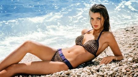 Beach beauty models female people background wallpapers on desktop nexus image 1559649 - Hd bikini wallpapers for pc ...