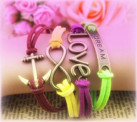 Love on Bracelet - colorful, lovely, colors, bracelets, dreams, yellow,