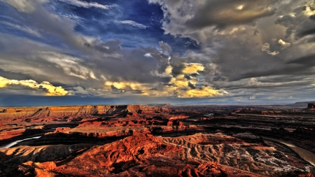GRAND CANYON AT SUNSET - skies, red, erosion, cliffs, river, clouds, landscape