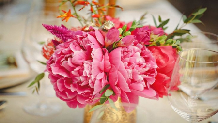 ❀⚘Pink Peonies⚘❀ - dinner, romantic, romance, vase, soft, wine glasses, diner, peonies, unity, love, candle light, flowers, pink