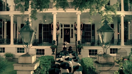 AMERICAN HoRRoR SToRY:CoVEN - american horror story, coven, house, academy, witches, New Orleans
