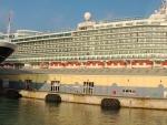 2 ships in port