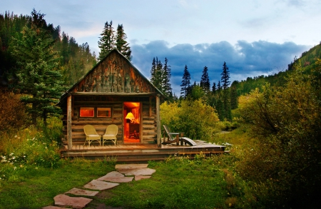 Cozy Mountain Hut Mountains Amp Nature Background
