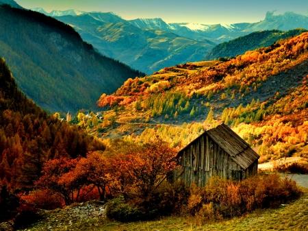 House In Autumn Mountain Mountains Nature Background