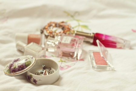Treasure of Moment - jewels, make-up, for girl, moment, femininity, parfume, treasure, things, nail