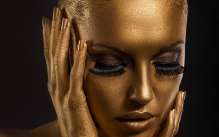 Gold Face - gold, tenderness, makeup, hand, beauty, sweetness, face, eyes, nail