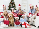 Whole family celebrates Christmas!♥