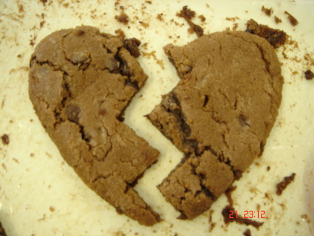You Broke my Cookie - heart, broken, cookie