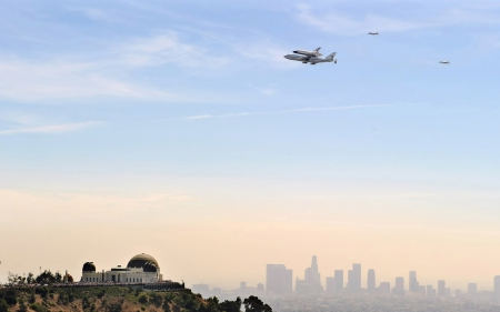 the shuttle endeavour arriving in los angeles - obsevatory, sky, city, shuttle, plane