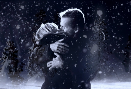 Kiss in snow - Other & People Background Wallpapers on Desktop ...