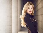 Victoria Gots gorgeous blonde supermodel