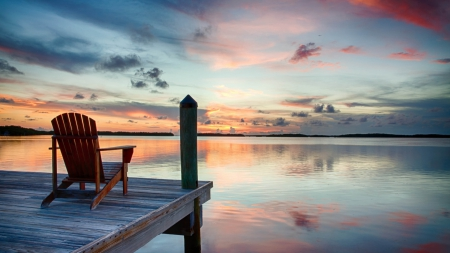 Wonderful Seat For Lake View Lakes Nature Background