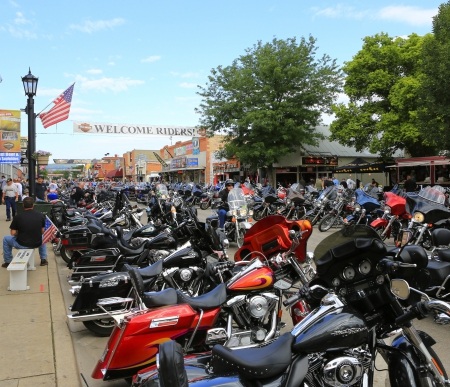 Welcome riders - sturgis 2013 - riders, welcome, colors, davidson, beautiful, main, sturgis, biker, flag, motorcycle, 2013, usa, harly, harley davidson, color, street