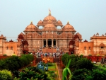 hindu temple of akshardham in delhi india