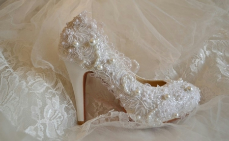 Wedding shoes - wedding shoes, people, white, other, shoes