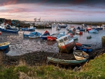 boat harbor in england at low tide