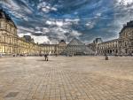 majestic louvre museum in paris hdr