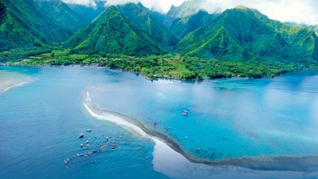 Wonderful Tahiti - beach, green, paradise, mountains, Pacific, ocean, island, bay