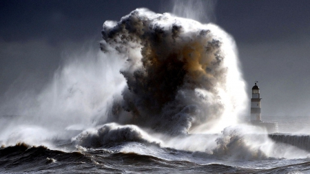 big wave hits lighthouse in england oceans nature background rh nature desktopnexus com Storm Wave Lighthouse Man in Lighthouse with Wave